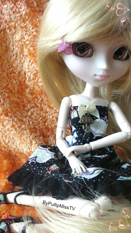 Laetitia dans sa robe noir :)