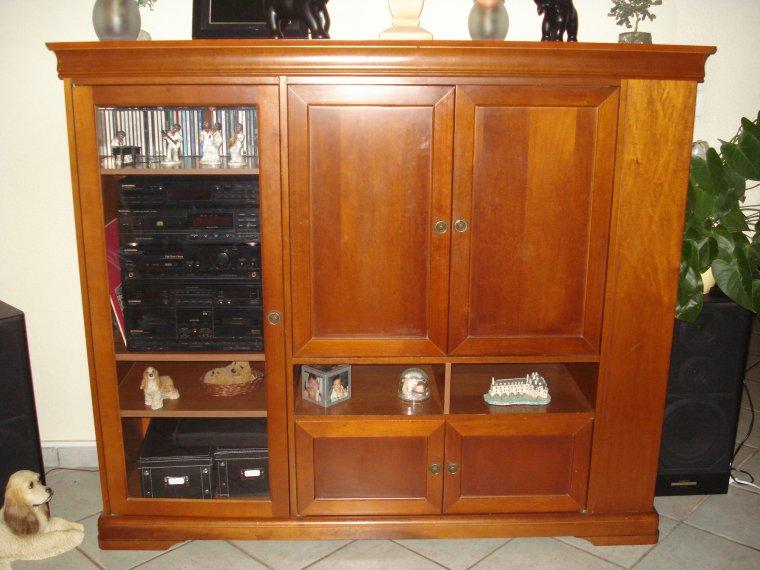 meuble merisier style louis philippe tv ou bar ventes diverses occasion. Black Bedroom Furniture Sets. Home Design Ideas