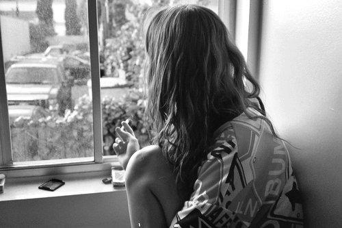 On vit avec un coeur trop plein dans un monde trop vide. - Chateaubriand