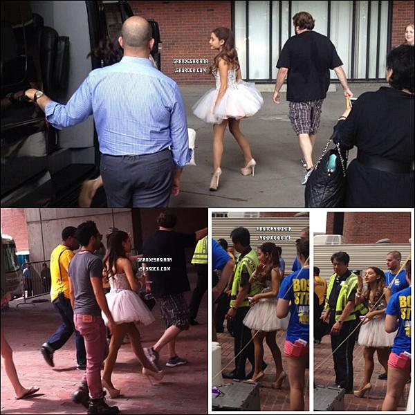 ..  30/06/13 Ariana a participé au 103.3 Amp Radio's Birthday Bash qui se déroulait à Boston.