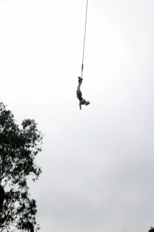 Bungeeeeeeeeee Jumping