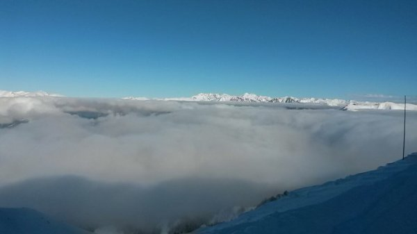 Skier sur la mer de nuqge !