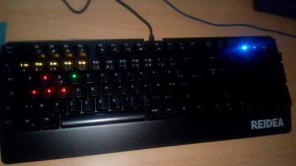 On passe en clavier mécanique :D !