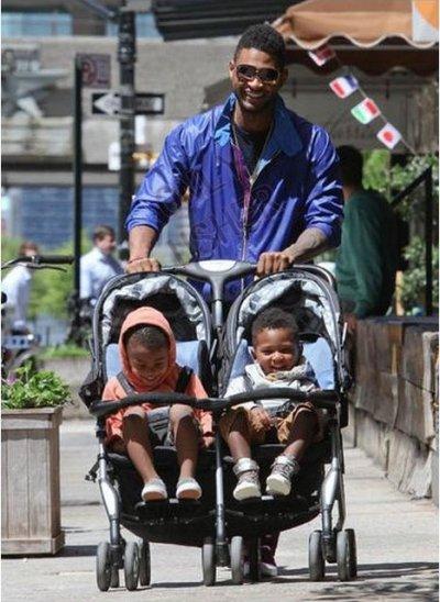Usher et ses fils à New York :)
