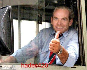Garou en chauffeur de bus