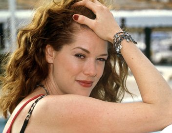 Rochelle Redfield (Johanna)