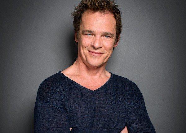 Peter Watson (Serge Gisquière)