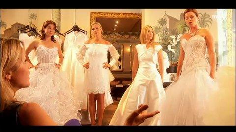 Les filles en mariées