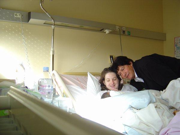 Naissance de Gwen K .le 24/09/2010 à 10h25 1000ème Bébé de l' hopital de St Malo 35400