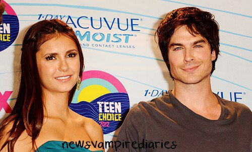 Cérémonie des Teen Choice Awards 2012: The Vampire Diaries et son cast ont remporté 6 récompenses! :D