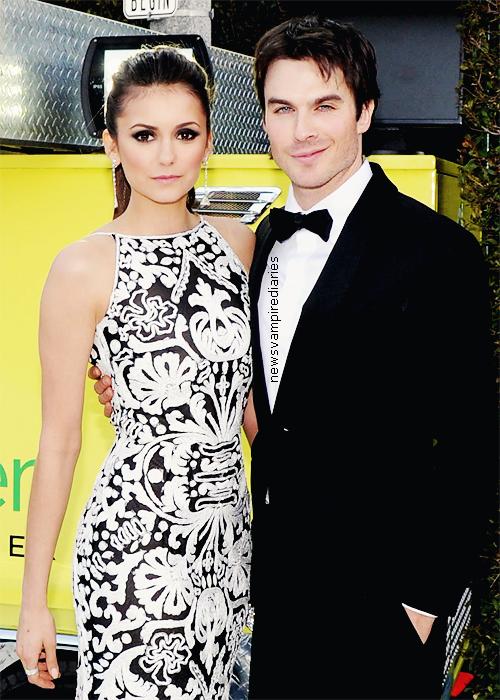 """Spoilers à propos de la """"nouvelle"""" Elena. Vous pensez que c'est une bonne chose ou une mauvaise chose que Damon est éteint l'humanité d'Elena?"""