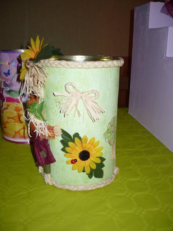 Les boîtes à bouchons ou petites poubelles