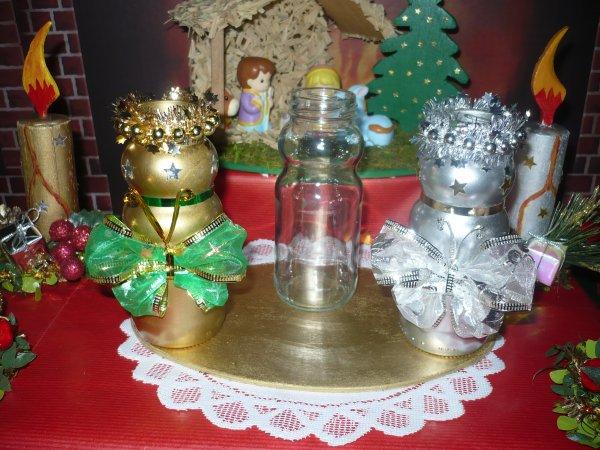 Des petits vases décorés