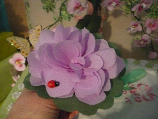 La suite du montage de la fleur