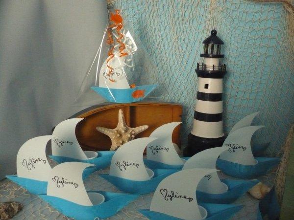 La déco de Mylène ,les petites barques pour remercier les copinettes .