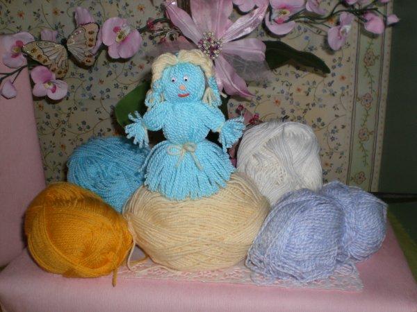 Souvenez-vous la poupée de laine !!!!!!!!
