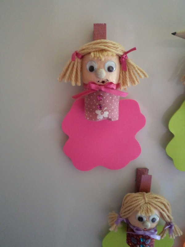 Des petites poupées magnets coquettes !!!