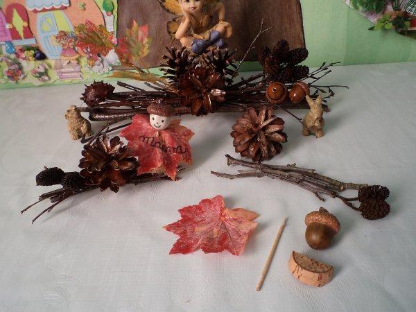 Un petit fagot et un marque-place sur le thème de l' automne