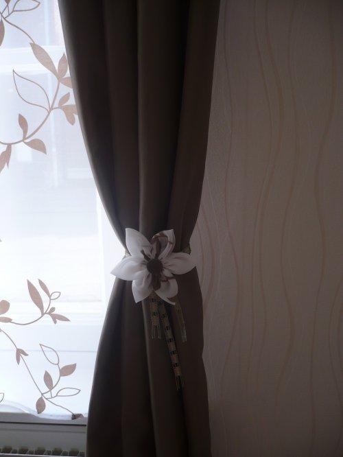 Des ambrasses pour mes rideaux .