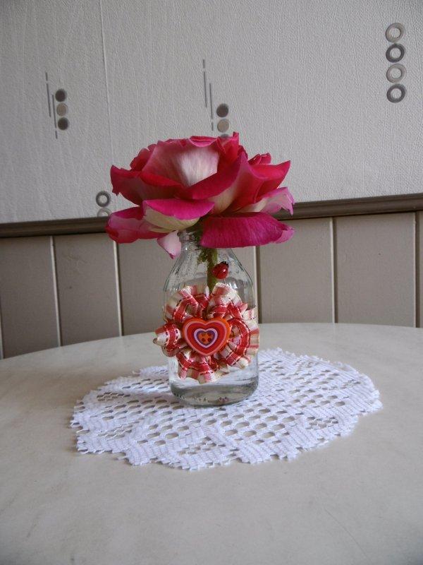 Un petit vase romantique
