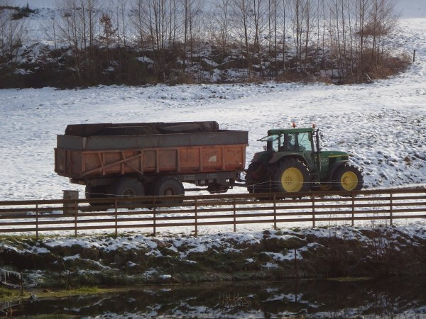 Transport de Terre 2011 --> --> John Deere 6910