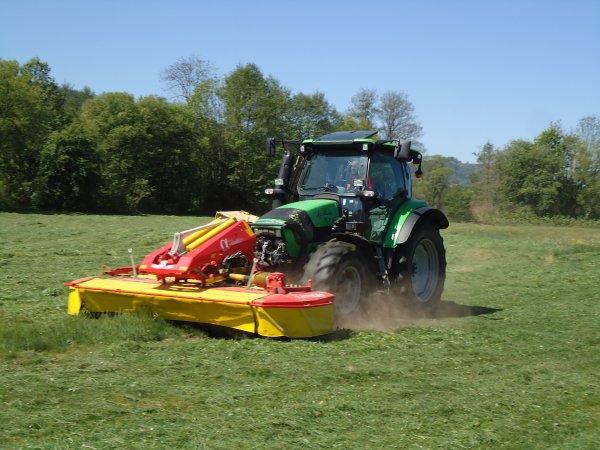 Fauchage 2011 --> --> Deutz-Fahr Agrotron K100