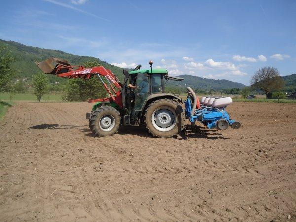 Semis 2011 --> --> Deutz-Fahr Agro Plus 75