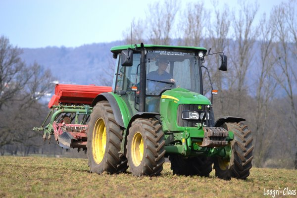 Semis d'Orge 2012 --> --> John Deere 5090r