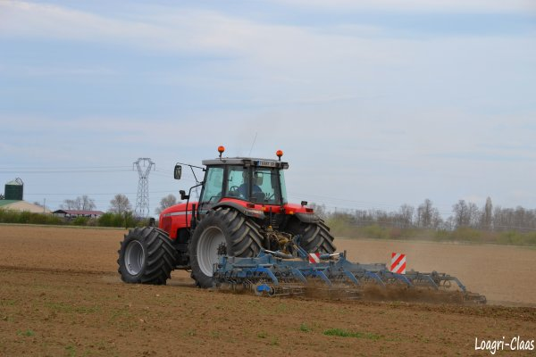 Préparations des Terres 2012 --> --> Massey-Ferguson 8240 ( Basse Préssion )