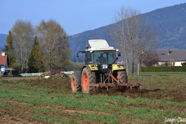 Préparations des Terres 2012 --> --> Claas Celtis 456 RX