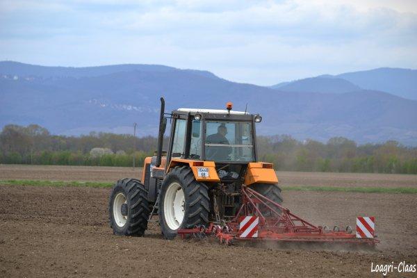 Préparations des Terres 2012 --> --> Renault 110-54