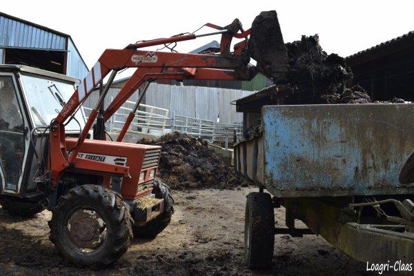 Chargement de Benne pour Clients 2012 --> --> Deutz-Fahr Agrotron K90