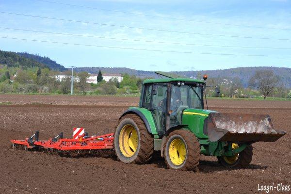 Préparations des Terres 2012 --> --> John Deere 6220