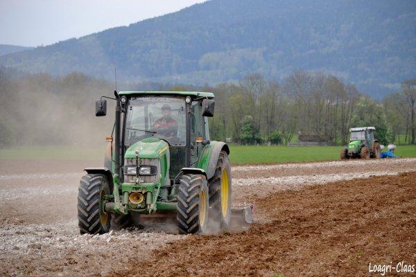 Préparations des Terres 2012 --> --> John Deere 5090r