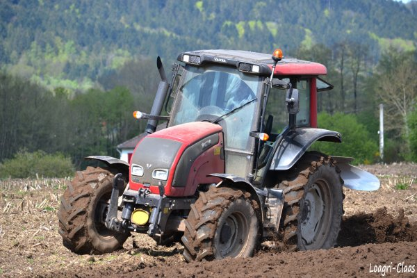 Labour 2012 / Ploughing 2012 --> --> Valtra N101