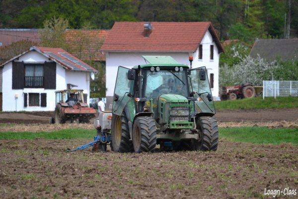 Semis de Maïs 2012 --> --> John Deere 6230 Prémium