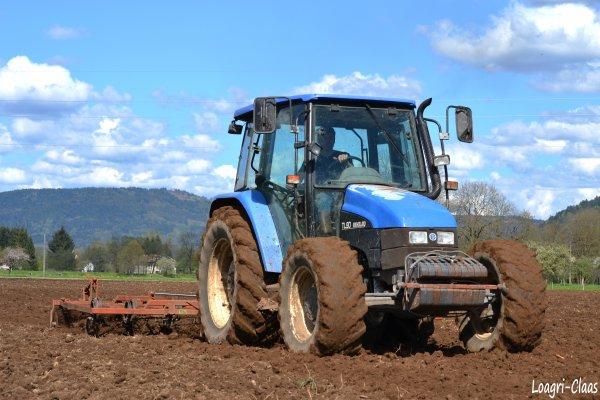 Préparations des Terres 2012 --> --> New-Holland TL90