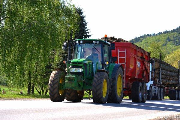 Benne en dépôts 2012 --> --> John Deere 6430 Prémium