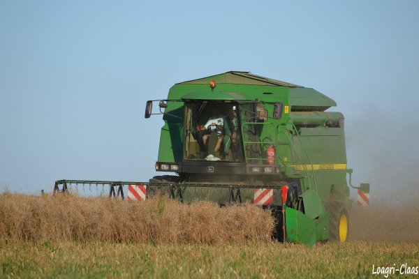 Moisson 2012 --> --> John Deere 2256