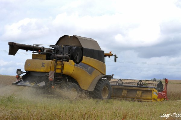 Moisson 2012 - Big Harvest --> --> New-Holland CR 9080 Elevation en 9m15 !!!
