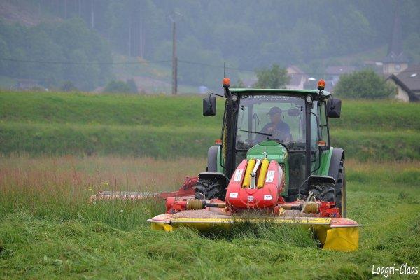 Fauchage 2012 --> --> John Deere 5090r