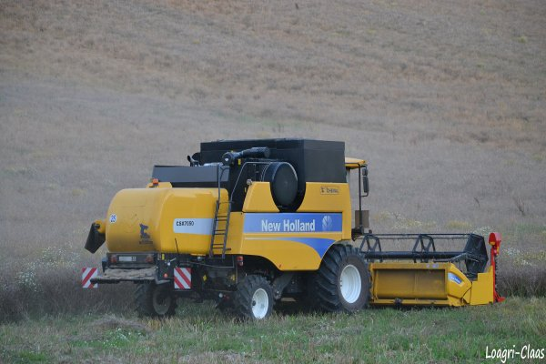 Moisson 2012 --> --> New-Holland CSX 7050