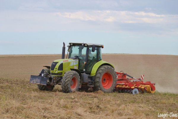 Déchaumage 2012 --> --> Claas Arion 640