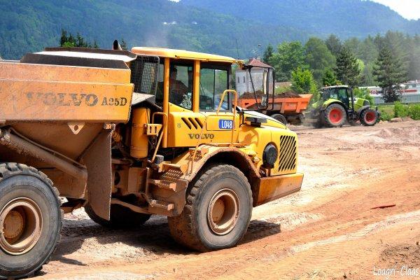 Terrassement 2012 --> --> Tombereau Volvo A25 D
