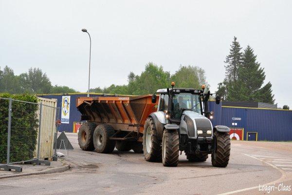 Terrassement 2012 --> --> Valtra T152