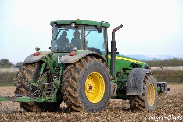 Déchaumage 2012 --> --> John Deere 8220