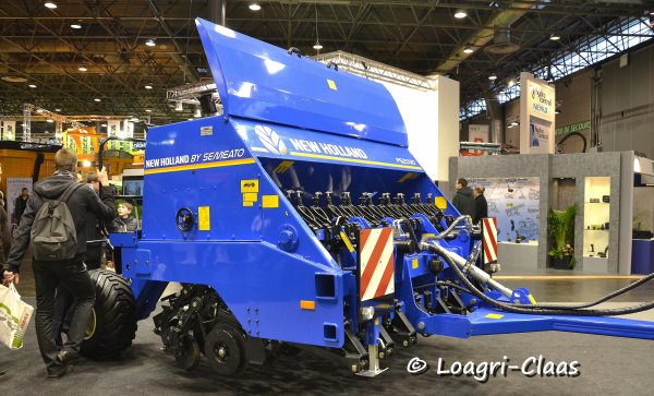 SIMA 2013 --> --> Stand New-Holland