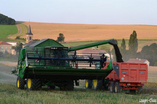 Moisson 2012 --> --> John Deere W650