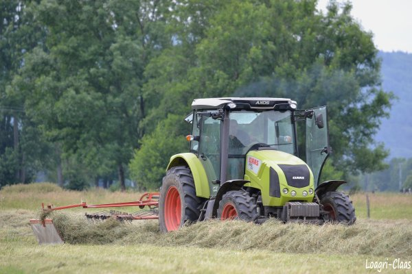 Andainage 2012 --> --> Claas Axos 310