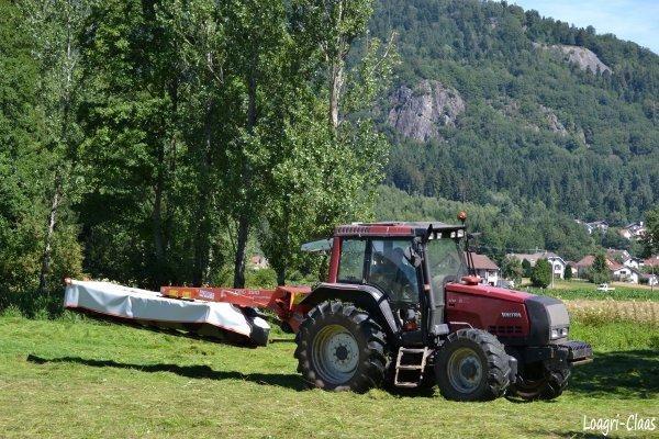 Fauchage 2012 --> --> Valtra 6350